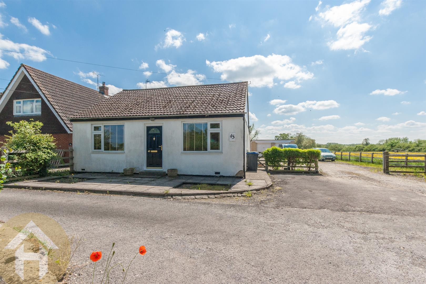 4 Bedrooms Detached Bungalow for sale in Marlborough Road, Royal Wootton Bassett